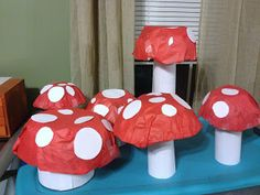 McGalver: How to Make Mushroom Decorations for a Fairy (or Super Mario) Party Super Mario Party, Crafts For Kids, Arts And Crafts, Diy Crafts, Enchanted Forest Decorations, Library Themes, Library Ideas, Library Displays, Enchanted Forest Theme