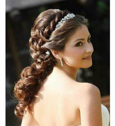 Variety of Wedding Hairstyles Greek Goddess hairstyle ideas and hairstyle options. If you are looking for Wedding Hairstyles Greek Goddess hairstyles examples, take a look. Braided Hairstyles For Wedding, Bride Hairstyles, Headband Hairstyles, Long Hairstyles, Winter Hairstyles, Indian Hairstyles, Gorgeous Hairstyles, Princess Hairstyles, Grecian Hairstyles