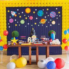 may birthday ideas Baby Boy Birthday Themes, Baby Boy First Birthday, Themed Birthday Cakes, Dinosaur Birthday Party, Nasa Party, Rocket Ship Party, Astronaut Party, Birthday Balloon Decorations, Space Party