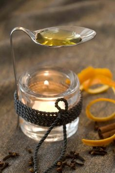 Here's a creative idea on how to have sweet smelling indoor air. It makes use of an old spoon, a mason jar**, a rope and your favorite essential oil. **or any glass jar/container