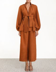 Ninety-Six Billow Shirt in Tan from our Spring 2019 Ready To Wear Collection. A voluminous blouse with signature blouse sleeves and self tie waist. Muslim Fashion, Modest Fashion, Hijab Fashion, Fashion Outfits, Skirt Fashion, Stylish Outfits, Emma Style, Lounge Outfit, Linen Blouse