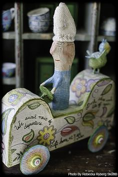 we await news - http://beckybus.se paper mache by Julie Arkell