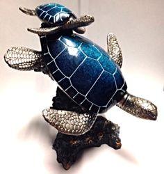 Diving Turtles Sculpture