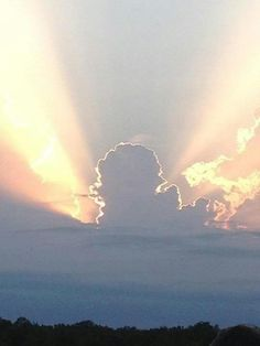 Michigan?  A cloud formation resembling the mitt.