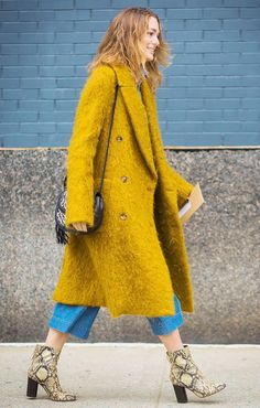 The 5 Fall 2019 Fashion Trends We're Paying Attention to this Season - The Effortless Chic #fashion #fallfashion #styletip