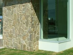 Alpine Tigerskin Gneiss Natural Stone. Random Free Form Flagstone. Neo Rox Concepts - Gold Coast Natural Stone