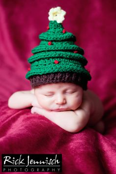 Newborn Crochet Christmas Tree Hat, Photography Prop
