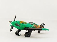 TOMICA Disney / PIXAR PLANES P-03 Ripslinger P-51D Mustang fighter Green Color