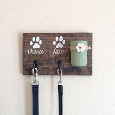 Treat leash holder | Just DOGS! :)