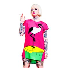 The filthiest bird alive! Simultaneously reviled by the masses and cherished by FRIDA LAS VEGAS, . Pop Art Fashion, Fashion Graphic, Chicken Pop, Iconic Australia, Australian Fashion, Maternity Wear, Las Vegas, Your Style, Bring It On