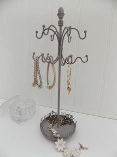 Www.mulberry-moon.com.  Vintage Metal Jewellery Holder / Display
