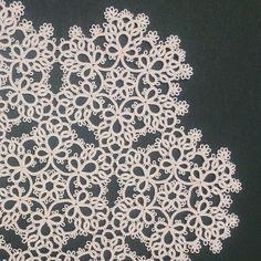 昨日の教室 雪のモチーフつなぎ #タティングレース #tattinglace #snowmotif  doily #olympus#40番
