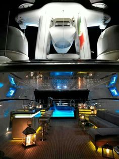Luxury Yacht!!