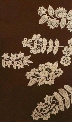 Схемы ирландского кружева Большая подборка схем для вязания ирландского кружева крючком. Все схемы представляют собой различные растительные мотивы: листья разной формы, веточки, цветы,