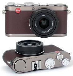 Leica BMW X1 camera