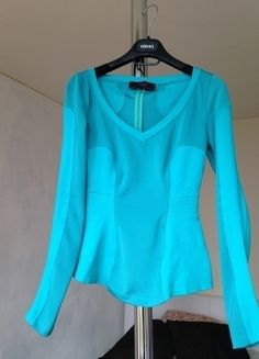 À vendre sur #vintedfrance ! http://www.vinted.fr/mode-femmes/autres-hauts/24549994-haut-versus-versace-bleu-turquoise