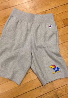 Be ready for an on-court showdown in these Kansas Jayhawks Mens Grey Rochester Fleece Shorts! Rally House has a great selection of new and exclusive Kansas Jayhawks t-shirts, hats, gifts and apparel, in-store and online. Kansas Jayhawks Basketball, Kentucky Basketball, Duke Basketball, College Basketball, Basketball Players, Soccer, University Of Kentucky, Kentucky Wildcats, Fleece Shorts
