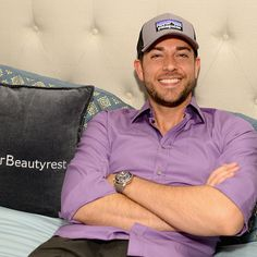 Zachary Levi attends EXTRA's 'WEEKEND OF | LOUNGE' Sept. 19, 2015 #zacharylevi