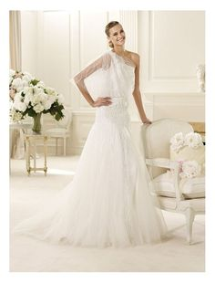 Tulle Flutter One Sleeve Strap A-Line Wedding Dress with Sequins Decorations Bodice