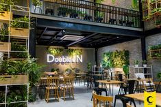 Home Decorating Magazines Usa Resturant Interior, Bistro Interior, Restaurant Furniture, Restaurant Interior Design, Commercial Interior Design, Cafe Shop Design, Industrial Cafe, Rooftop Restaurant, Go For It