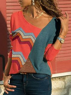 Casual Wave Print Patchwork V-neck Plus Size Blouse can cover your body well, make you more sexy, Newchic offer cheap plus size fashion tops for women. Tee Shirt Rouge, Georgia, Matching Family Outfits, Collar Blouse, Pullover, Blouse Online, Plus Size Blouses, Blouse Styles, Casual T Shirts