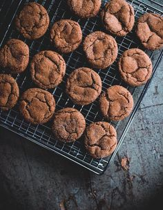 These Cardamom-Molasses Cookies Will Warm Your Soul — Delicious Links | The Kitchn