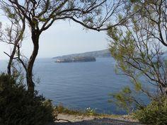 Porte naturelle  #Santorini