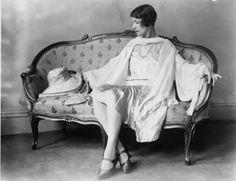 norman hartnell design    1920s