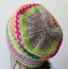 Ravelry: Cuba Street pattern by Nikki Jones -  NZ$5.00 NZD  FREE FOR A WEEK - until 5 May - discount will occur when pattern is added to cart!