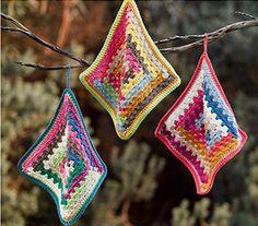 crochet pot holders by Patons Australia