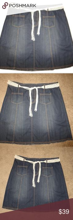 "i.e. Relaxed Woman Plus Size Denim Jean Skirt 20W i.e. Relaxed Woman Plus Size Denim Jean Skirt. Comes with a cute off white removable belt. There are 2 pockets on the front. Size 20W.  The measurements are approximately 42"" Waist x 48"" Hips x 24.5"" Length  The material is 89% Cotton and 11% Polyester. Cute and modest skirt without any slits!  Excellent used condition. From a smoke and pet free home. i.e. relaxed woman Skirts A-Line or Full"