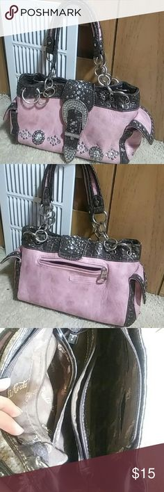 Fun Gently Used Purse Look pretty in pink with this fun, over the shoulder, multi pockets purse. Rustic Coutures Bags Shoulder Bags
