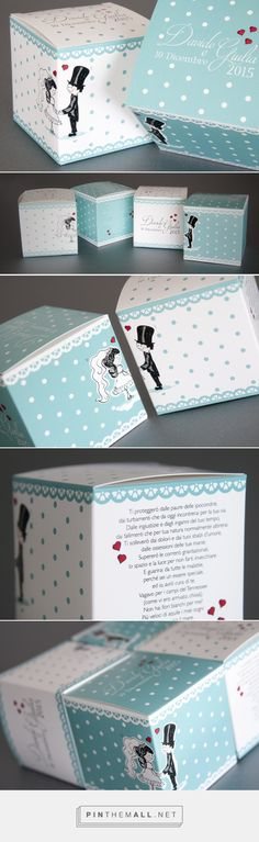 Gift Industry - A #packaging for one of the most important events:# wedding. Two different boxes have been designed in two different colors