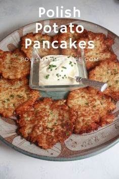 Authentic Polish Potato Pancakes – comfort food at it's best! Authentic Polish Potato Pancakes – comfort food at it's best! Polish Potato Pancakes, Easy Potato Pancakes, German Potato Pancakes, Potato Latkes, Breakfast Recipes, Dinner Recipes, Cooking Recipes, Healthy Recipes, Healthy Food