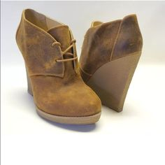Enzo Angiolini Brown Leather Lace Up Booties Size euro 35.5, US 5.5. In excellent condition, only worn twice. Enzo Angiolini Shoes Ankle Boots & Booties