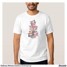 #Hakuna #Matata #Wort #Shirt #Ausführung: Basic T-Shirt für #Männer Bequem und lässig ist dieses #Basic #Shirt perfekt für den entspannten #Freizeitlook geeignet. Dieses T-Shirt ist zu 100 Prozent aus #Baumwolle