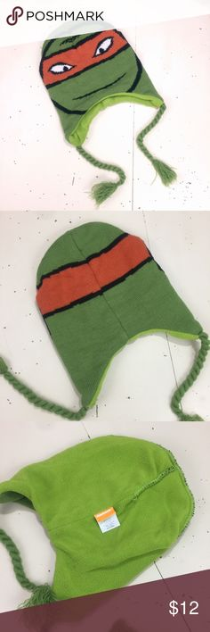 Teenage Mutant Ninja Turtles Beanie! Teenage Mutant Ninja Turtles Beanie! Perfect for men, women, kids, and fans! Worn once for 30 mins when I took my son to the local church that had man made snow. We live in San Diego and have no reason to wear Cold Weather stuff! Nickelodeon Accessories Hats