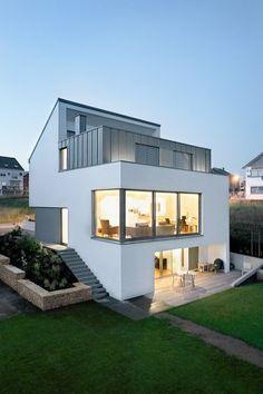 Modernes Haus. #KOLORAT #Wandfarbe #Wandgestaltung #Fassade #Haus #Architektur