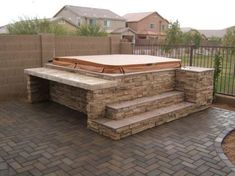 Image from http://www.theyardcompany.com/files/QuickSiteImages/Spa_Surround_10.jpg.