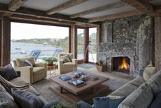 √ Fascinating Rustic Living Room Color Schemes Decor You Haven't Thought Of For 2019 Winter Living Room, Living Room Colors, Living Room Decor, Rustic Bedroom Design, Rustic Fireplaces, Lounge, Cabin Interiors, Retro Chic, Best Interior Design