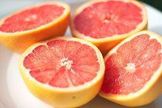 Las semillas de pomelo son la parte de la fruta que contiene mayor concentración de principios activos. Por ende tiene enormes propiedades curativas el extracto que se elabora en base a las semillas del pomelo.
