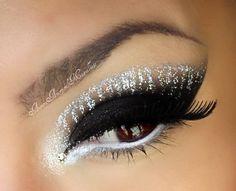 Sugarpill Pressed Eyeshadow in Diamond Eyes. Gorgeous Makeup, Love Makeup, Makeup Tips, Makeup Looks, Makeup Ideas, Makeup Inspo, Sexy Makeup, Makeup Style, Perfect Makeup