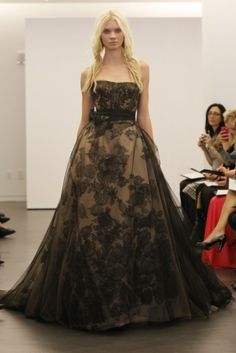 #VeraWang #black lace overlay #weddingdress A beautiful alternative to the traditional white