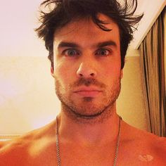 Ian Somerhalder has been snapping selfies for years now, but the sexy Vampire Diaries star makes sure to never take the same type of photo twice. Damon Salvatore, Most Beautiful Eyes, Beautiful Men, Beautiful People, Amazing People, Ian Somerhalder Foundation, Nikki Reed, Hot Selfies, Vampire Diaries The Originals