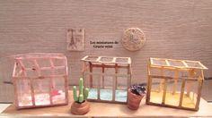 """Invernadero miniatura estilo vintage chic- modelo """"Giverny""""- escala 1:12- Casas de muñecas de Graziemini en Etsy https://www.etsy.com/mx/listing/226289679/invernadero-miniatura-estilo-vintage"""