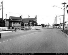 GATES DENDY STREET BRIGHTON 1964 - Public Record Office Victoria