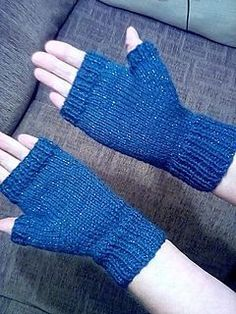 Ravelry: Easy Fingerless Mittens - with thumb pattern by Marianna Mel . Ravelry: Easy Fingerless Mittens - with thumb pattern by Marianna Mel . hutan Ravelry: Easy Fingerless Mittens - with thumb pattern by Marianna Mel . Fingerless Gloves Knitted, Crochet Gloves, Knit Mittens, Knitted Hats, Knit Crochet, Ravelry Crochet, Crochet Socks, Crochet Braids, Easy Crochet