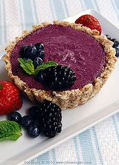 Mini Raw Mixed Berries Cheesecake by chow vegan, via Flickr