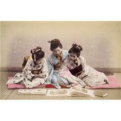 Geisha reading