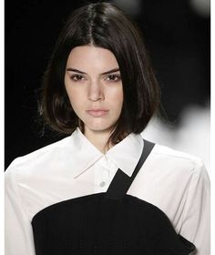 fwah16 BEAUTY REPORT Fashion Week New York la coiffure du jour Vera Wang portée par kendall Jenner